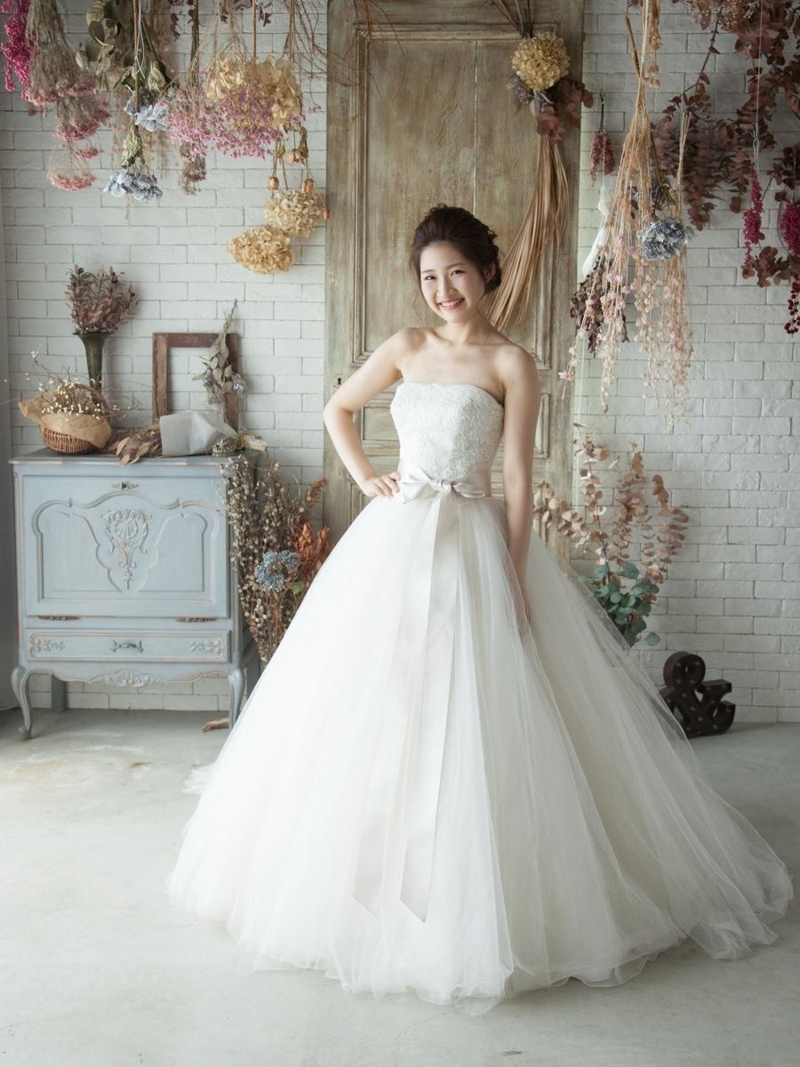 white tulle②