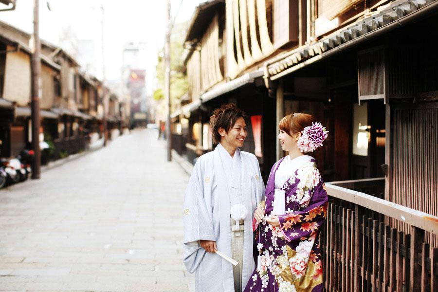 美しい石畳と街並みの中で和装フォトウェディング【京都市祇園】