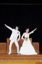 思い出の母校で洋装ロケーション撮影【京都ブライダル結婚写真専門店】