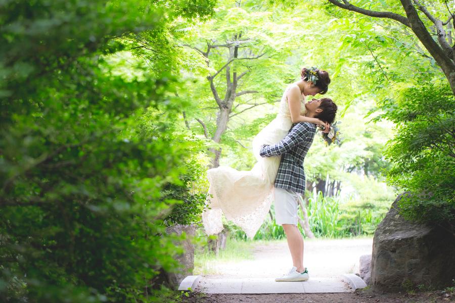 京都市梅小路公園のいのちの森でフォトウェディング