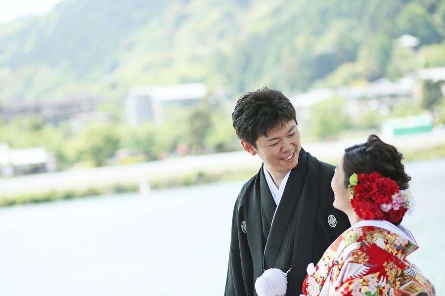 京都嵐山の渡月橋でフォトウェディング 新緑