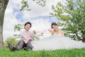 京都岡崎公園で洋装の前撮り