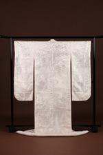 結婚式の前撮り写真でオススメの和装【京都市東山区】