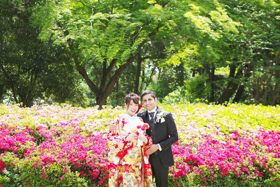 春のお花畑で着物の結婚式前撮り